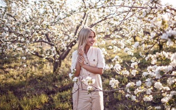 Women Model Models Smile Flower Blonde Blossom White Flower HD Wallpaper | Background Image