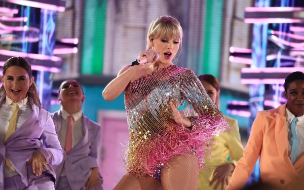 Music Taylor Swift Singers United States Concert American Singer Blonde HD Wallpaper | Background Image