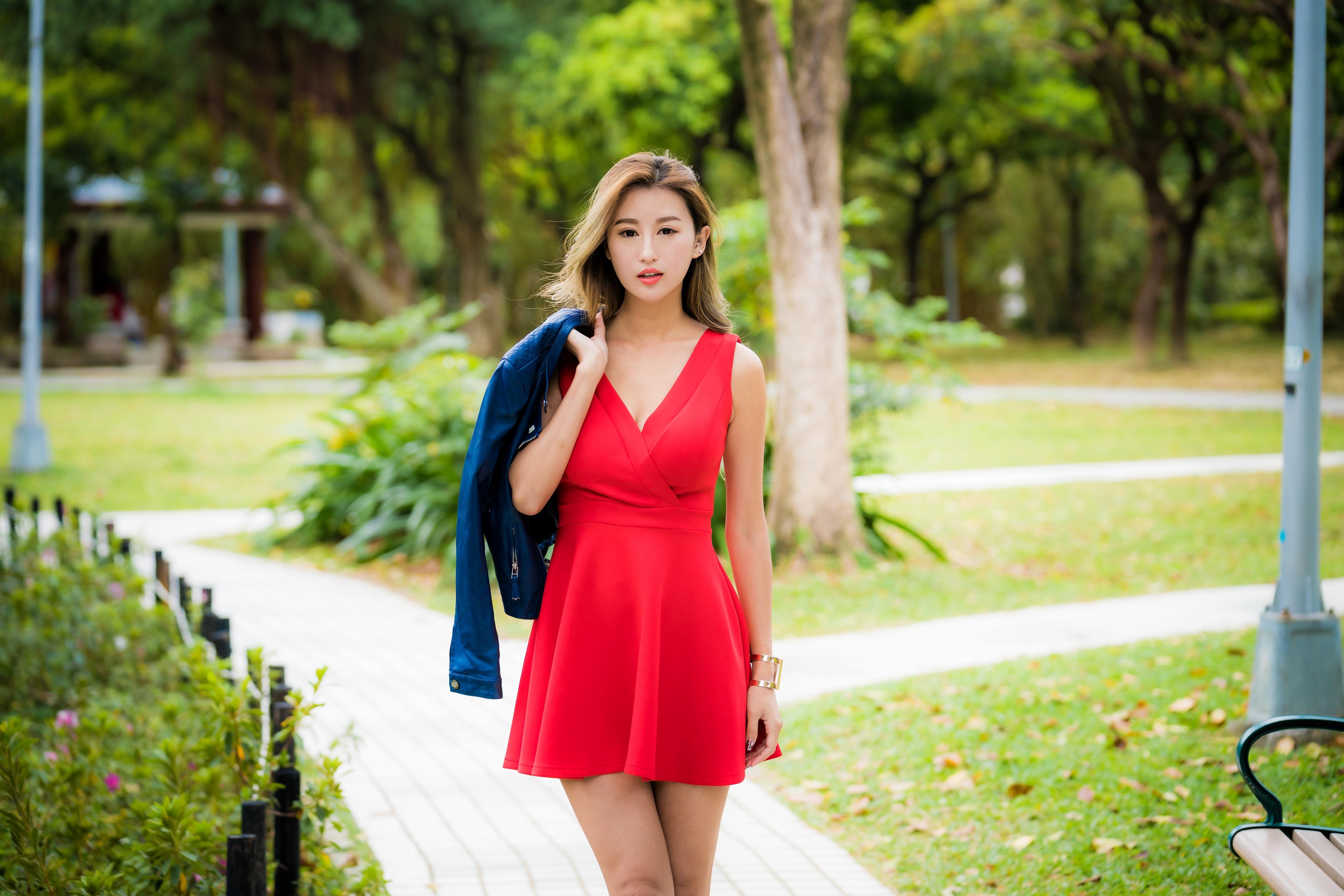 Wallpaper : model, Asian, brunette, portrait, Looking into