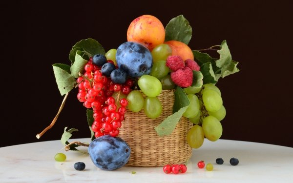 Food Still Life Blueberry Raspberry Plum Nectarine Grapes Currants HD Wallpaper   Background Image