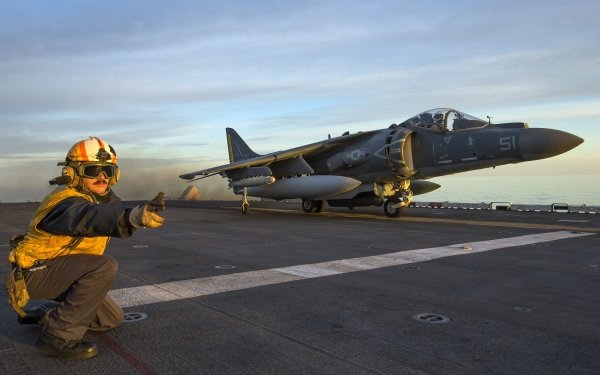 Military McDonnell Douglas AV-8B Harrier II Jet Fighters Jet Fighter Aircraft Warplane HD Wallpaper | Background Image
