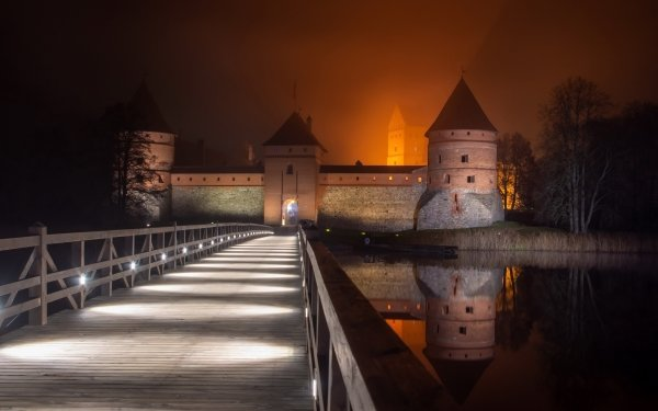Man Made Trakai Island Castle Castles Trakai Lithuania Castle Night Reflection HD Wallpaper | Background Image