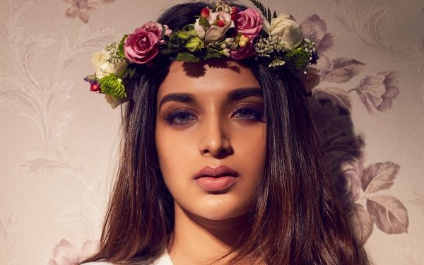 Celebrity Nidhhi Agerwal Actresses India Girl Indian Actress Bollywood Face Wreath Brunette HD Wallpaper | Background Image