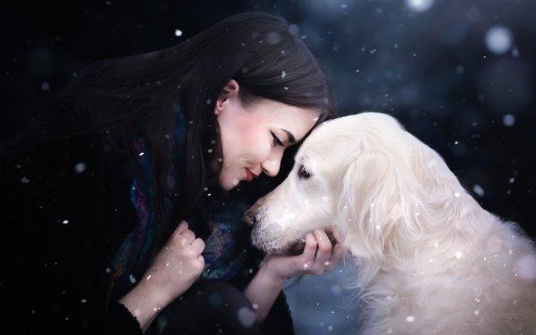 Femmes Humeur Fille Chien Golden Retriever Pet Black Hair Fond d'écran HD | Arrière-Plan