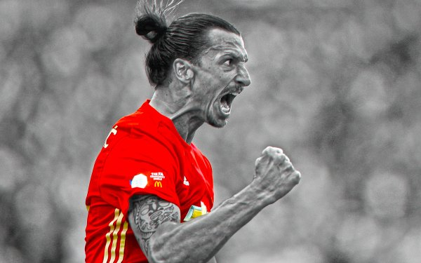 Sports Zlatan Ibrahimovic Soccer Player Manchester United F.C. HD Wallpaper | Background Image