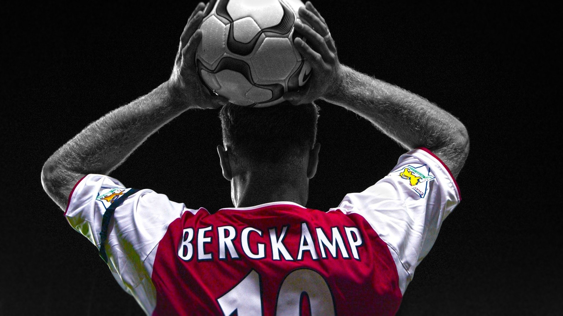 Sports - Dennis Bergkamp   Soccer Wallpaper