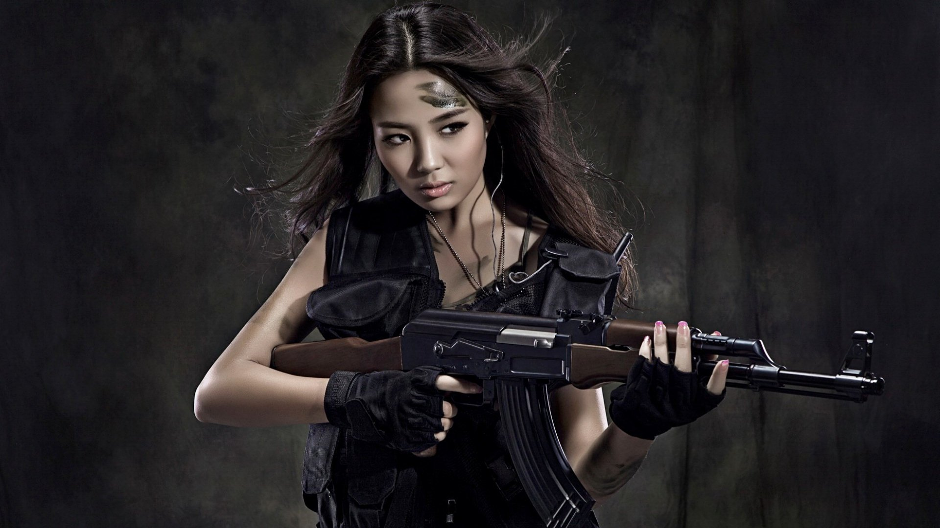 Women - Girls & Guns  Woman Pretty Cute AK-47 Asian Wallpaper