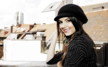 Celebrity - Victoria Justice Wallpapers and Backgrounds ID : 359840