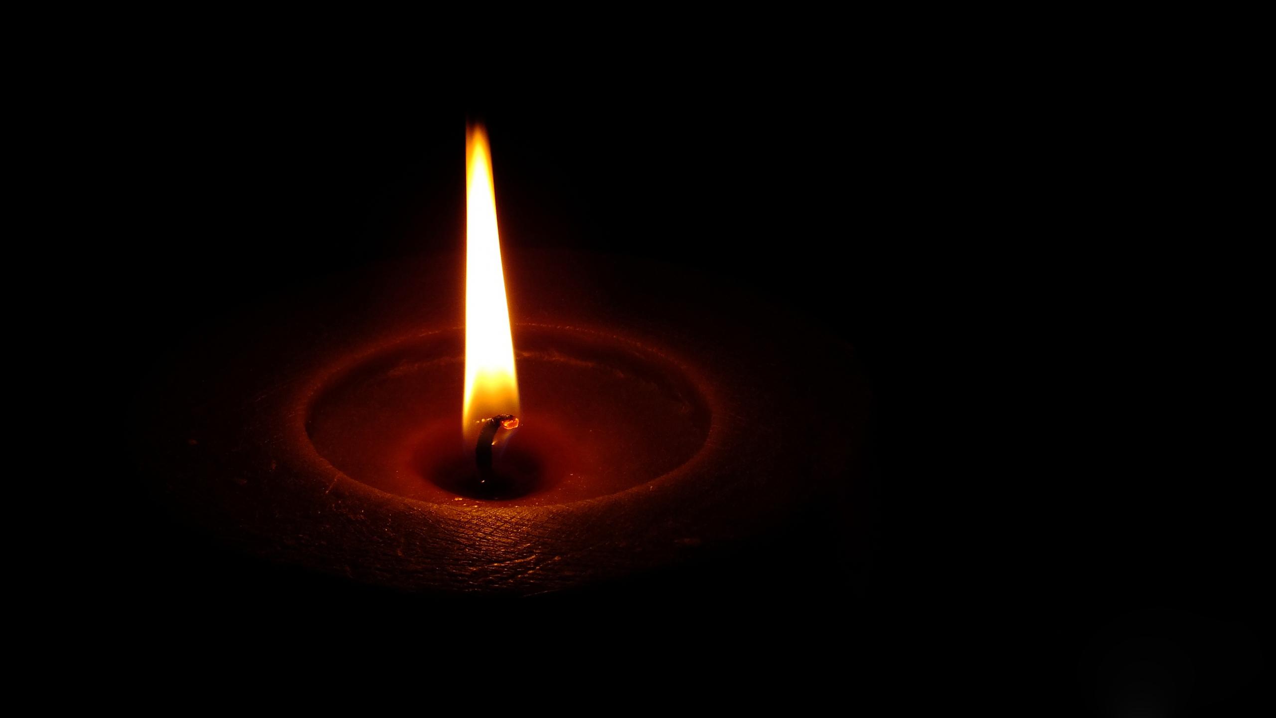 Обои на рабочий стол пламя свечи