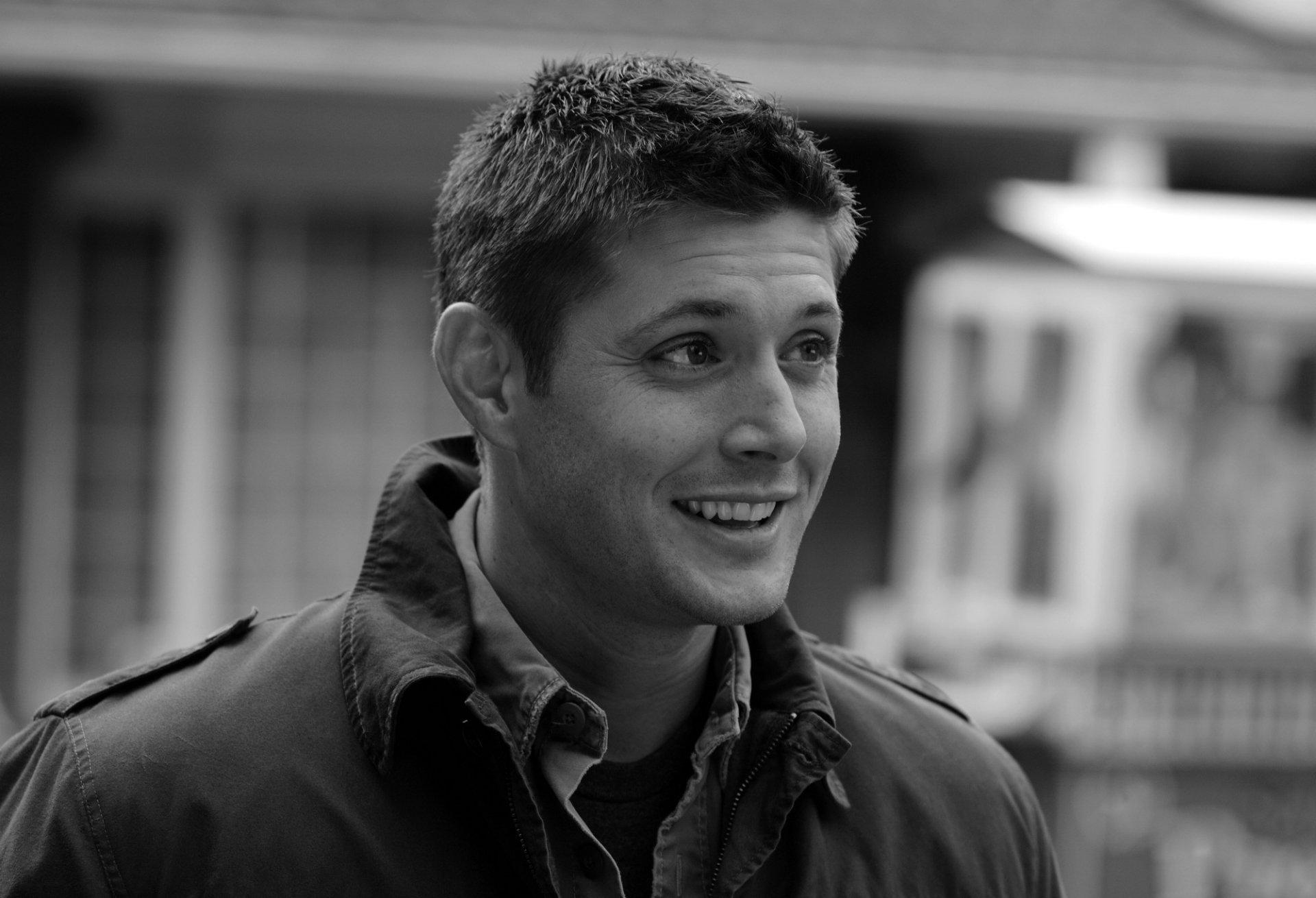 名人 - Jensen Ackles  壁纸