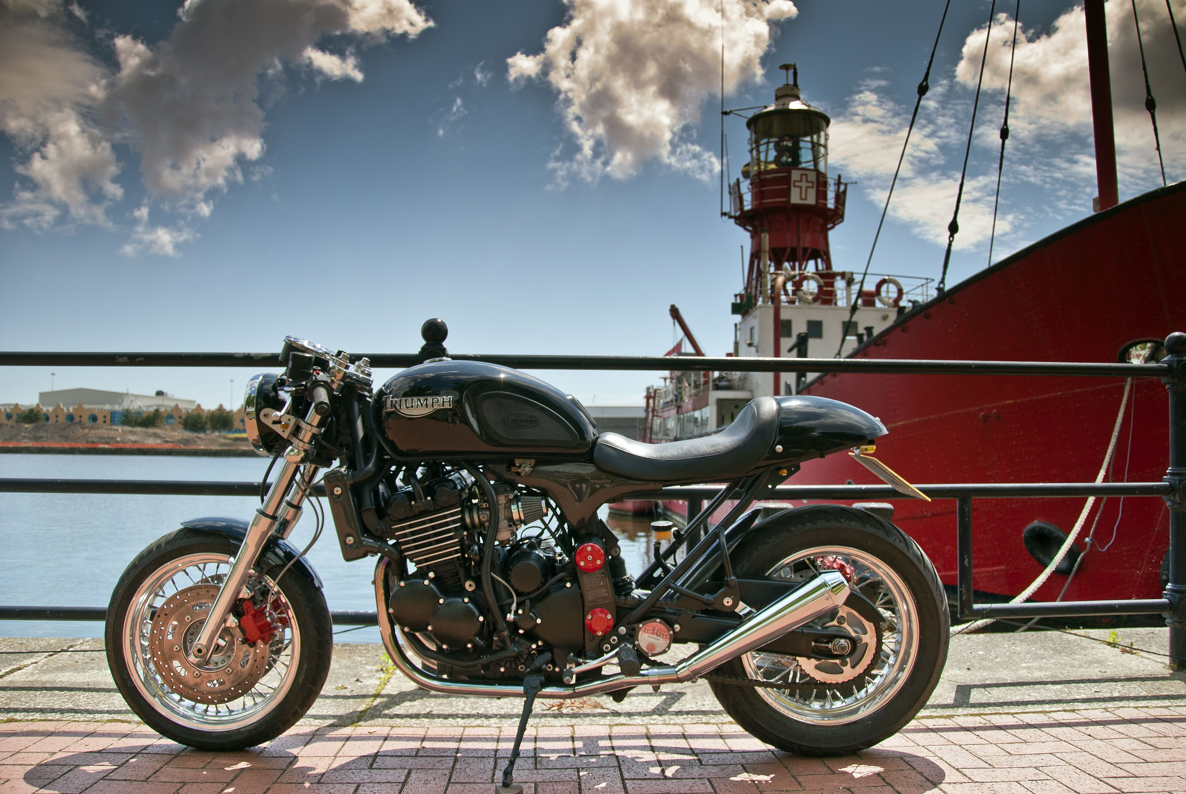 Bobber Cafe Racer Harley Davidson Hd Wallpaper 1080p: 1 Triumph Thunderbird Cafe Racer HD Wallpapers