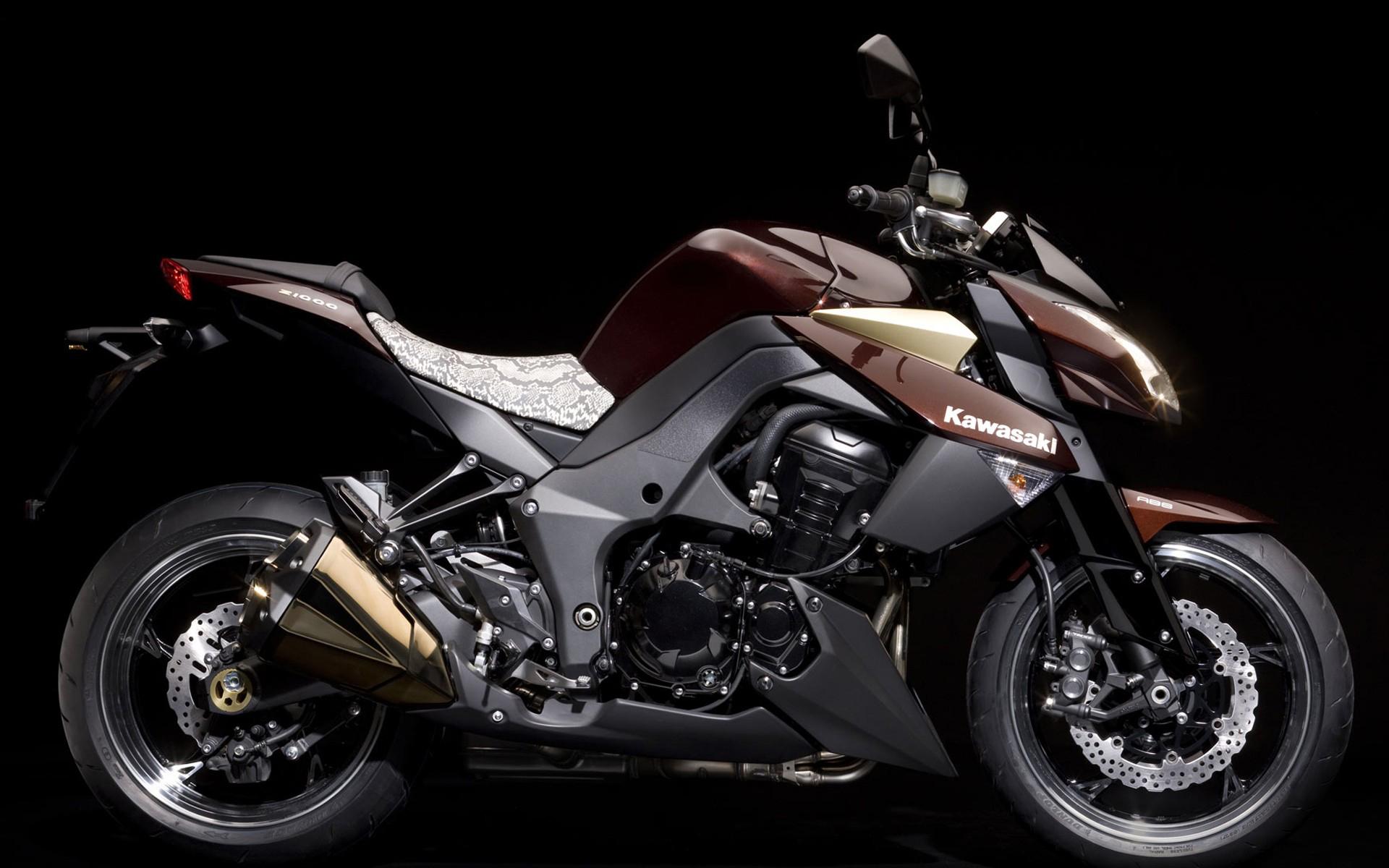 Kawasaki Z1000 Full HD Wallpaper And Background Image