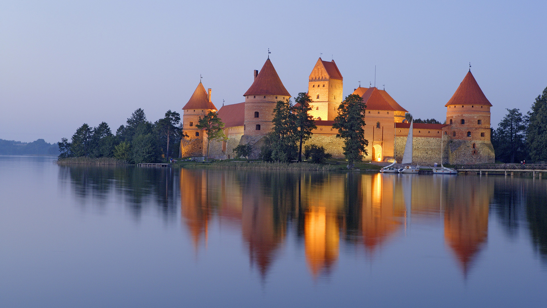 3 trakai island castle hd wallpapers background images for Immagini hd desktop
