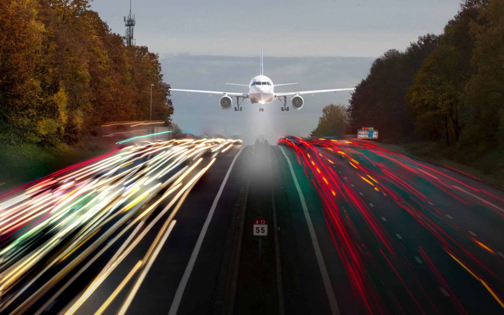 Vehicles - Airplane  Wallpaper