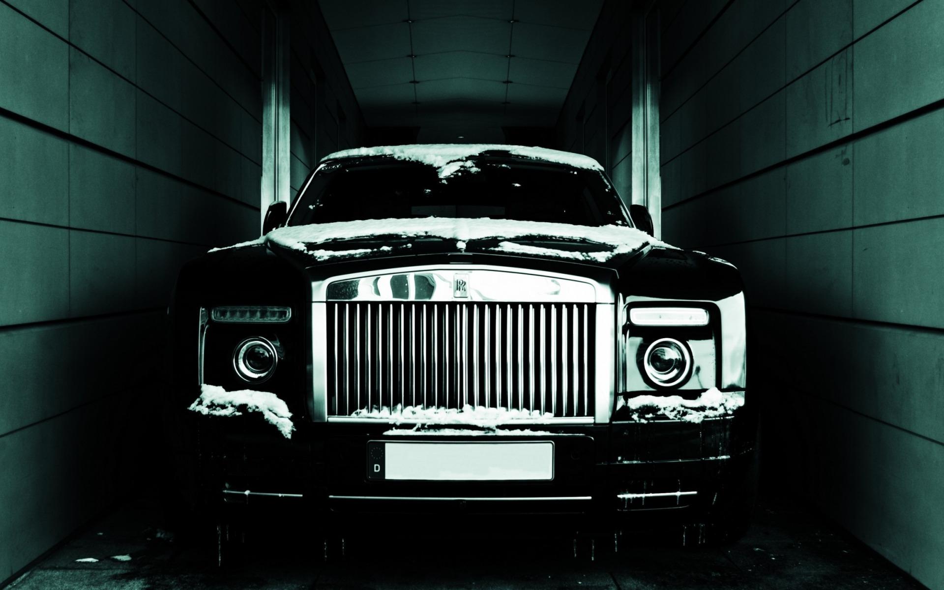 Rolls Royce Phantom Full HD Wallpaper And Background Image