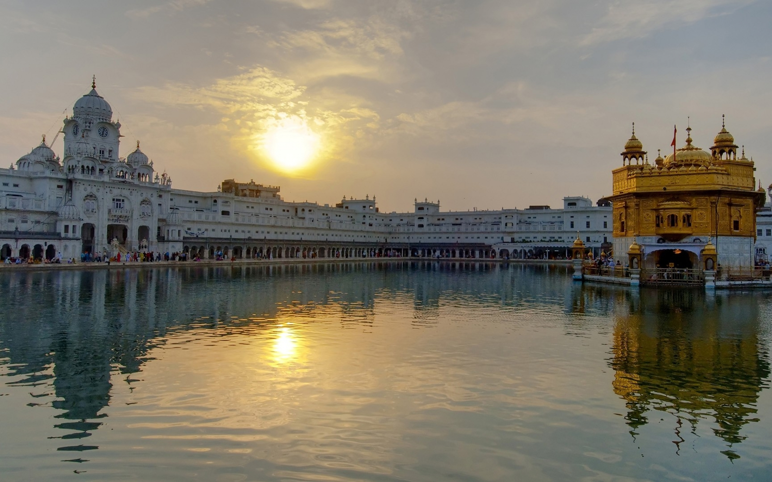 11 Harmandir Sahib HD Wallpapers