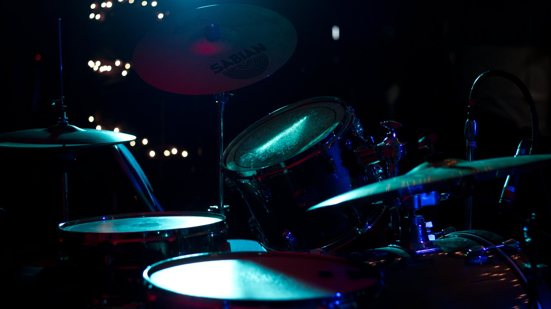 Musik - Drums  Drumset Percussion Blå Konsert Yamaha Sabian Snare Cymbal Bakgrund