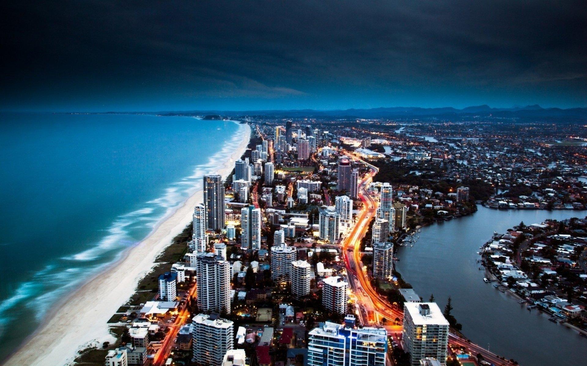 Man Made - Gold Coast  Wallpaper