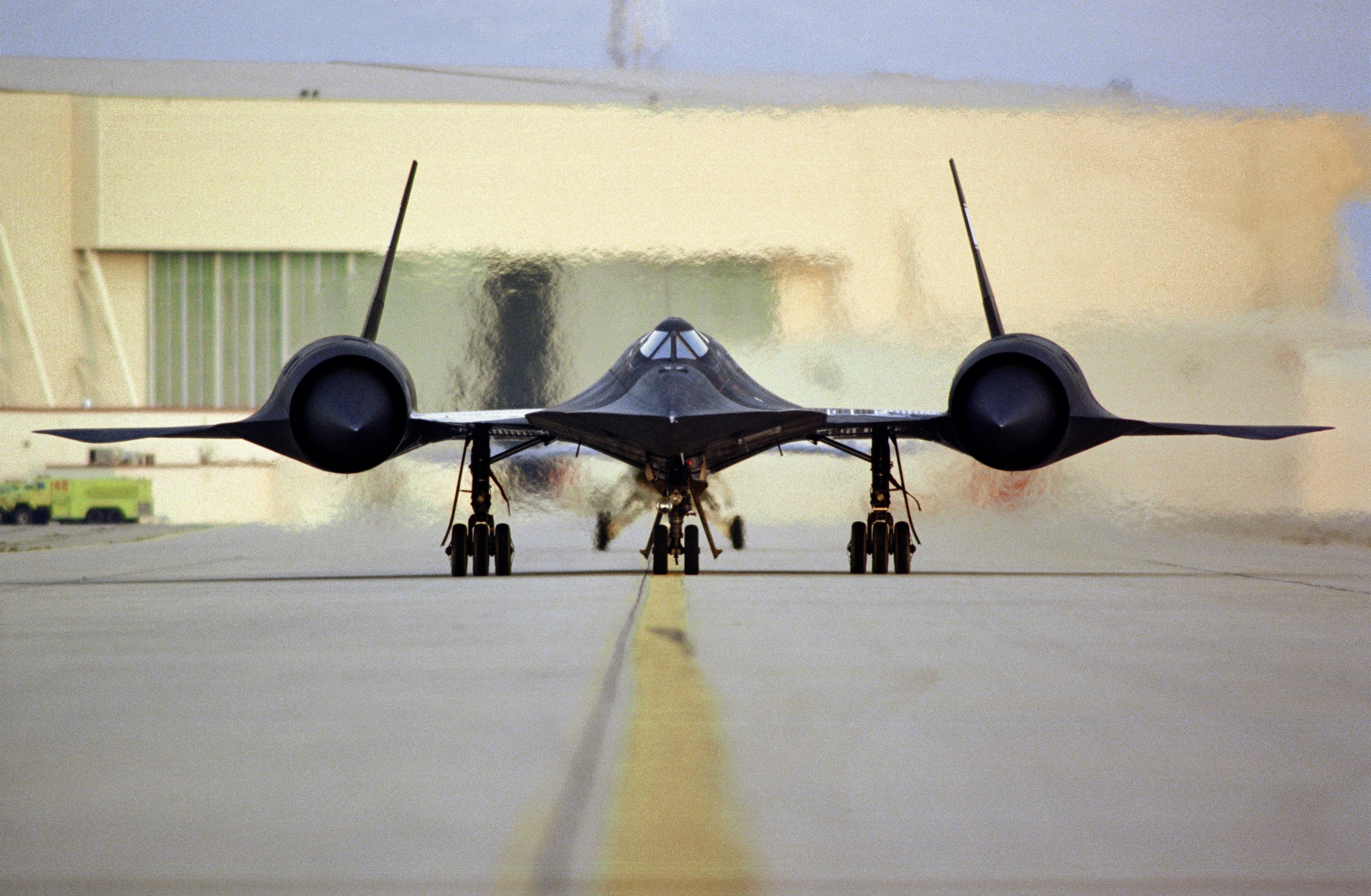 Lockheed sr 71 blackbird 4k ultra hd wallpaper - Sr 71 wallpaper ...