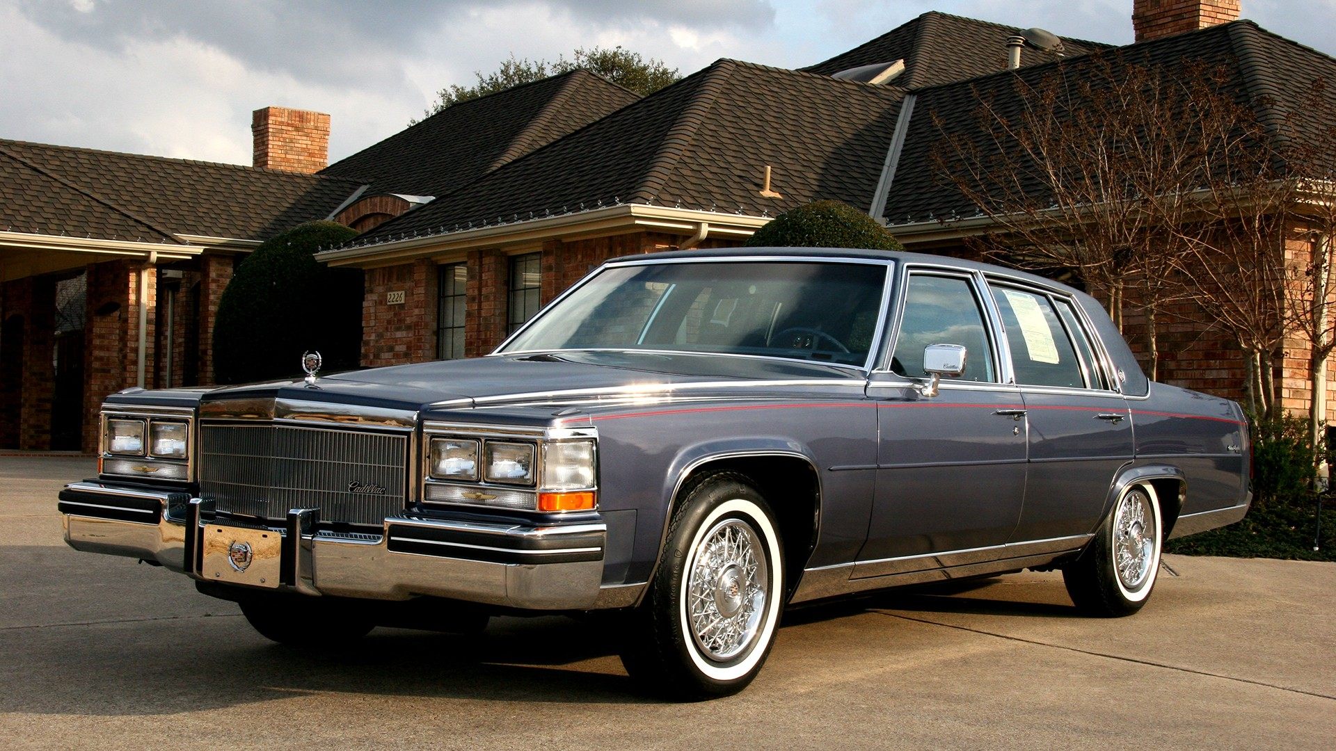 1 1984 Cadillac Fleetwood Hd Wallpapers Background