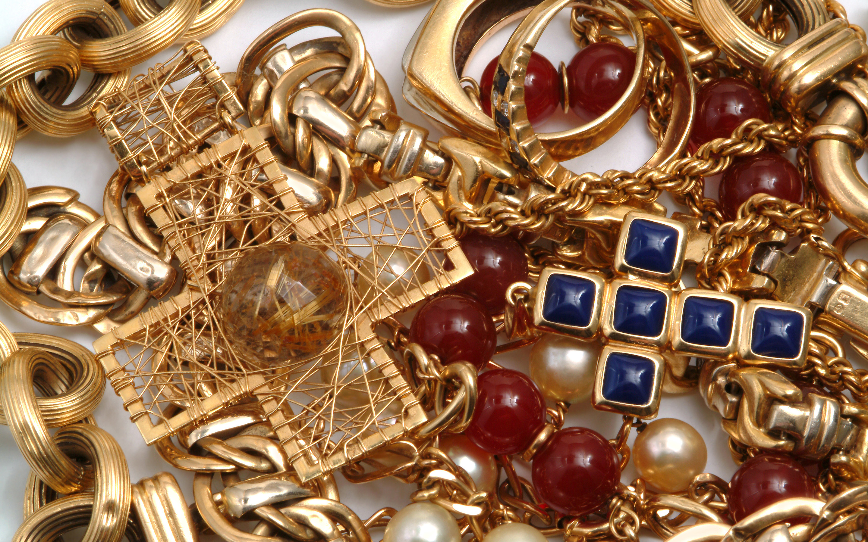 86 Jewelry HD Wallpapers | Background Images - Wallpaper Abyss