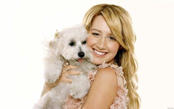 Berühmte Personen - Ashley Tisdale Wallpapers and Backgrounds ID : 416327