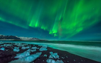 Earth - Aurora Borealis Wallpapers and Backgrounds ID : 416975