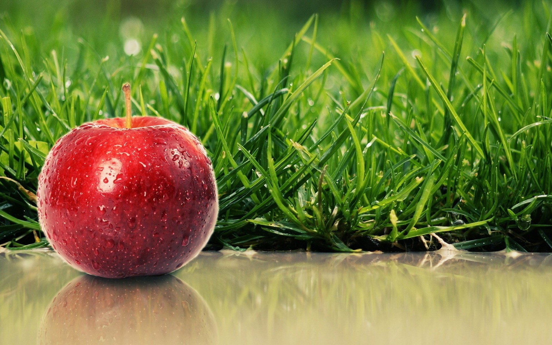 Food - Apple  Fruit Wallpaper