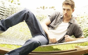 Celebridad - Robert Pattinson Wallpapers and Backgrounds ID : 422561