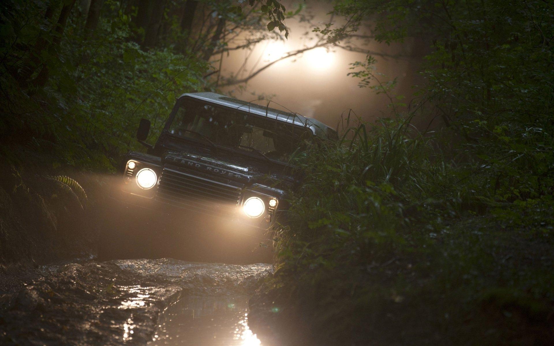 Vehicles - Land Rover Defender  Wallpaper