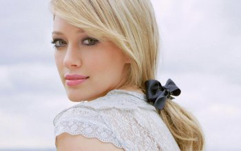 Celebrity - Hilary Duff Wallpapers and Backgrounds ID : 430594