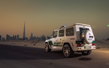 Vehicles - 2013 Brabus B63S 700 Widestar Dubai Police Edition Wallpapers and Backgrounds ID : 457688