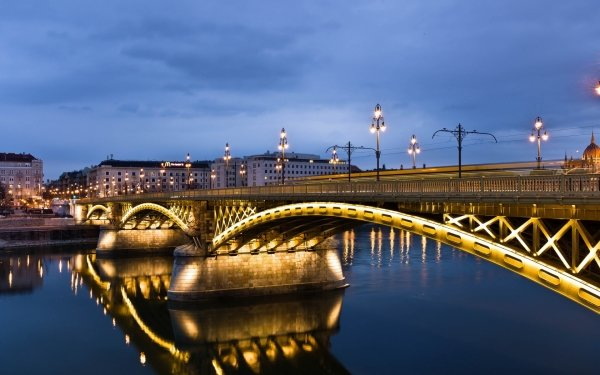 Man Made Margaret Bridge Bridges Budapest Hungary Margit Bridge City Night River Danube Reflection Light HD Wallpaper | Background Image