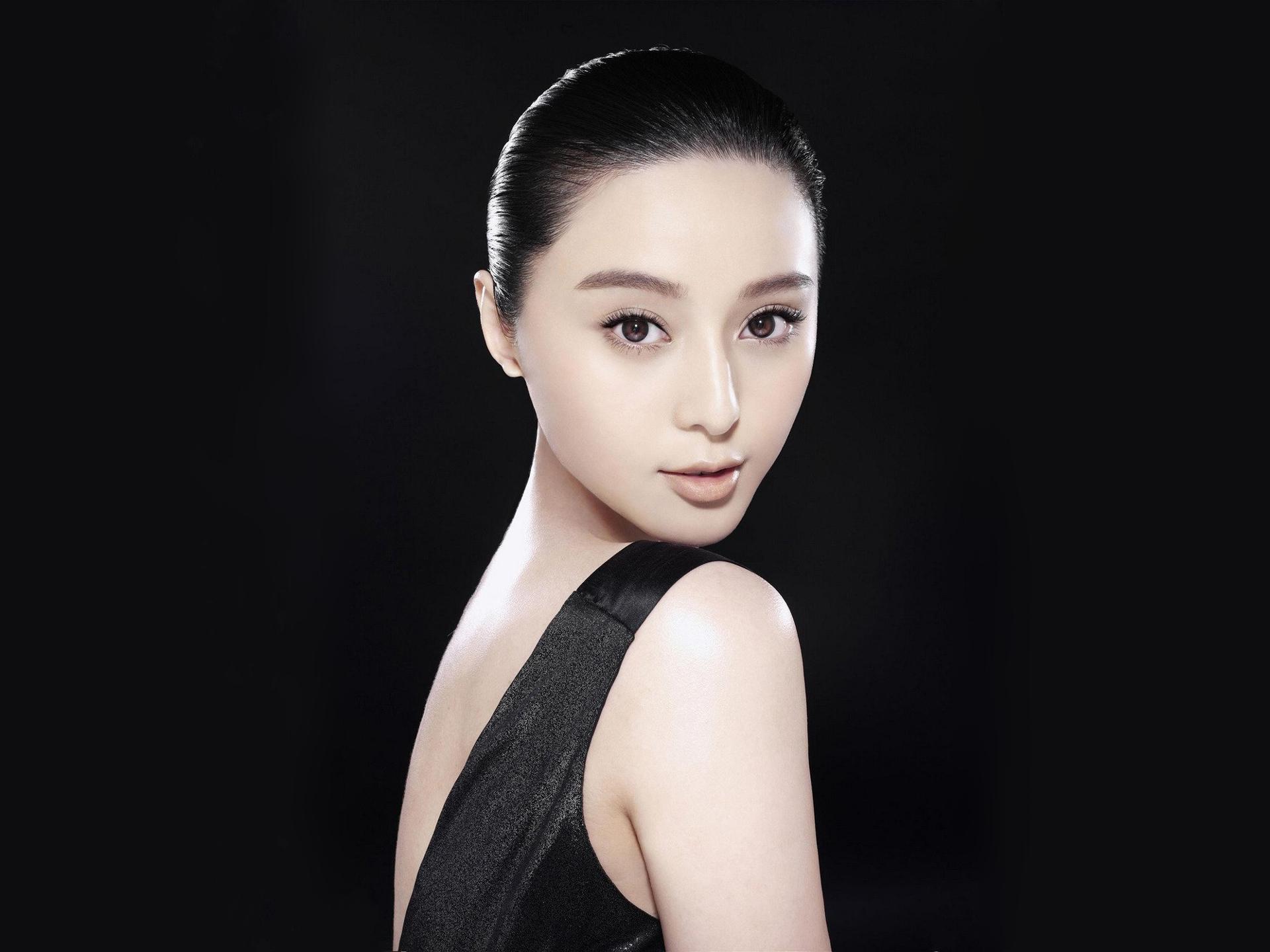 как китайские актрисы фото и имена туманная погода одна