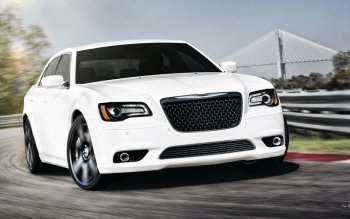 Vehicles - Chrysler 300 SRT8 Wallpapers and Backgrounds ID : 471738