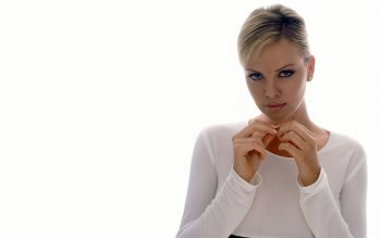 Celebrity - Charlize Theron Wallpapers and Backgrounds ID : 477570