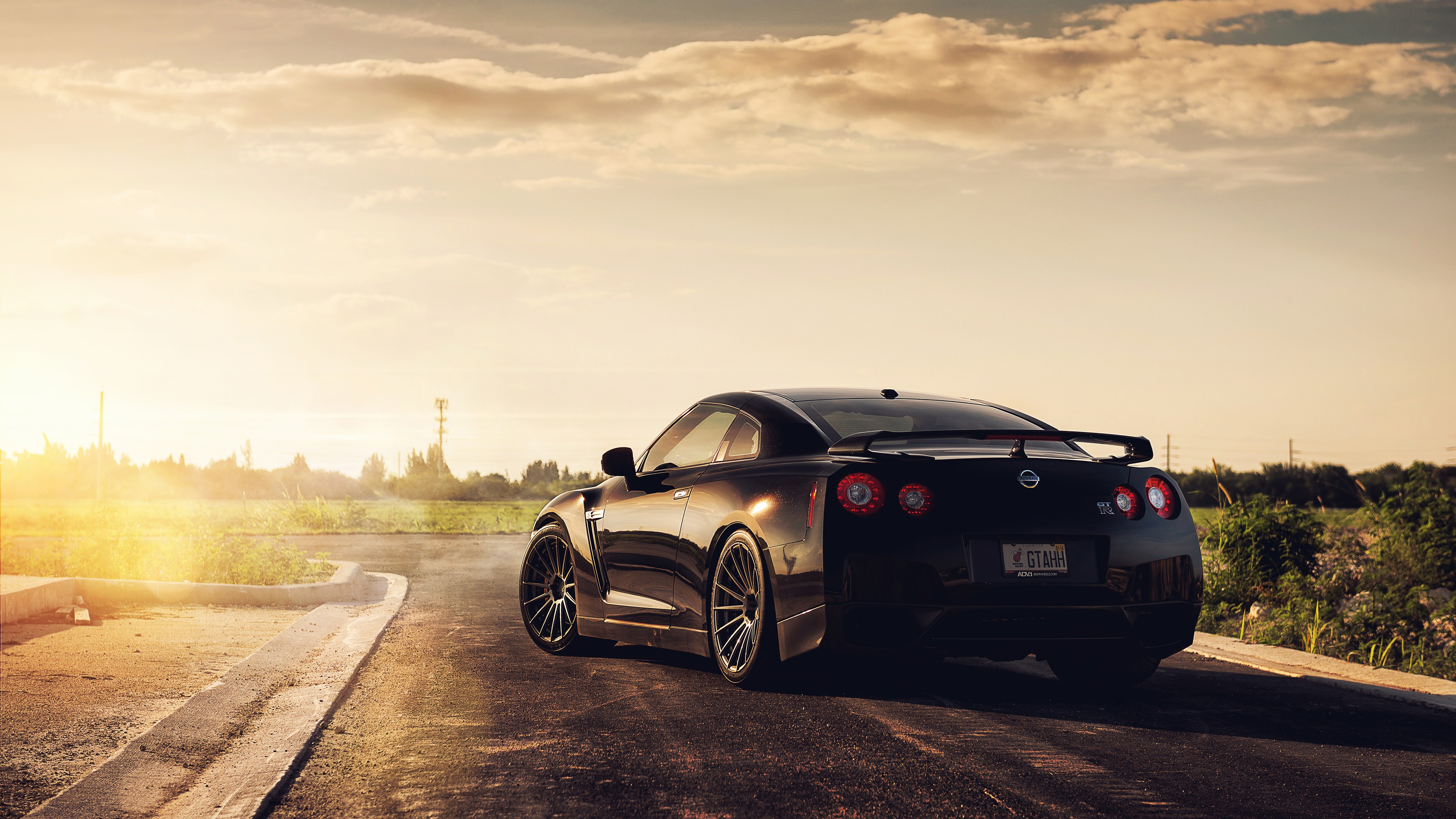 Hd Car Wallpapers For Mobile 28 Wallpapers: 1 Nissan ADV 1 GTR HD Wallpapers