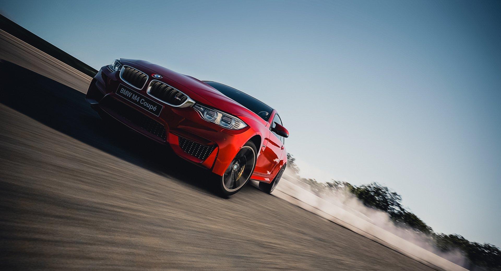 Vehicles - BMW M4  Wallpaper