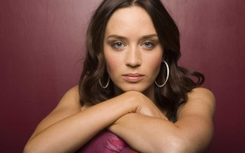 Celebrity - Emily Blunt Wallpapers and Backgrounds ID : 487649