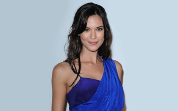 Celebrity - Odette Annable Wallpapers and Backgrounds ID : 488447