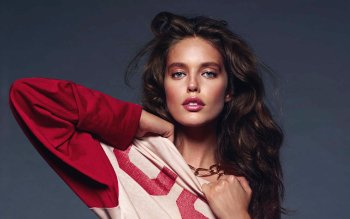 Celebrity - Emily Didonato Wallpapers and Backgrounds ID : 492615