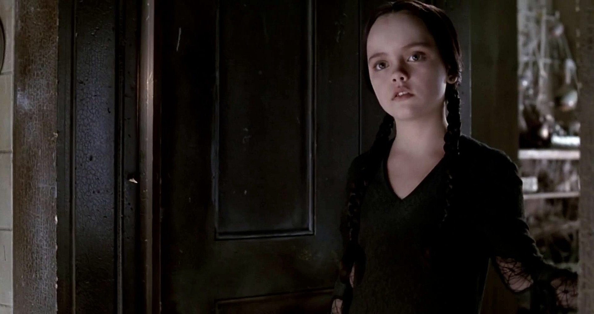 4 Wednesday Addams Hd Wallpapers Background Images