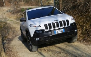Vehicles - 2014 Jeep Cherokee Wallpapers and Backgrounds ID : 500183