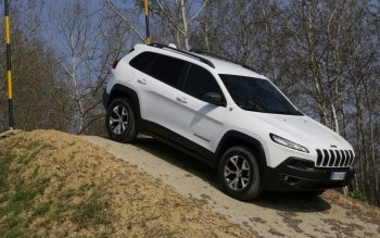 Vehicles - 2014 Jeep Cherokee Wallpapers and Backgrounds ID : 500188