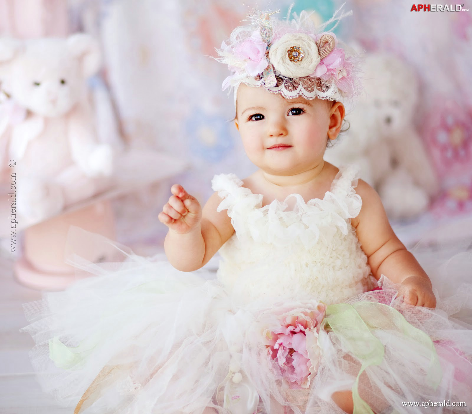 baby wallpaper and background image   1600x1404   id:505911