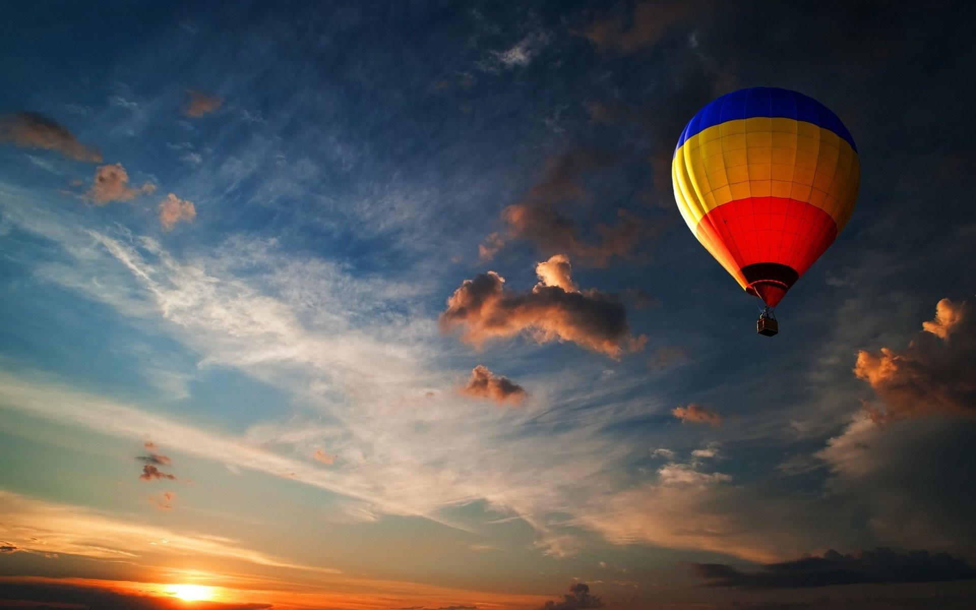 montgolfiere wallpaper