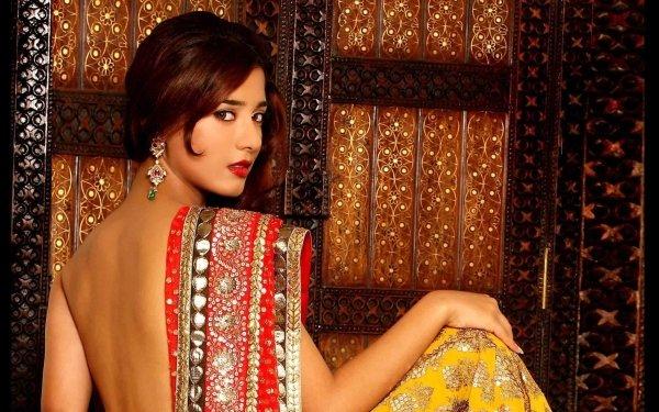 Celebrity Amrita Rao Actresses India Model Saree Indian HD Wallpaper | Background Image