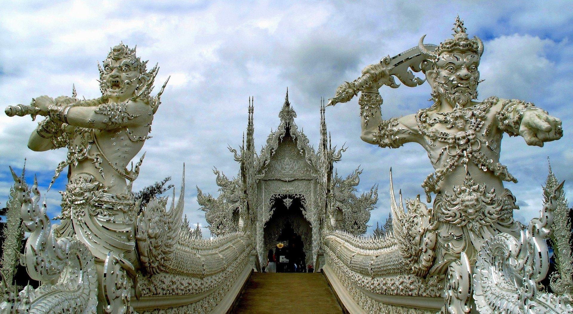 Religious - Wat Rong Khun  Chiang Rai Province Thailand Temple Wallpaper