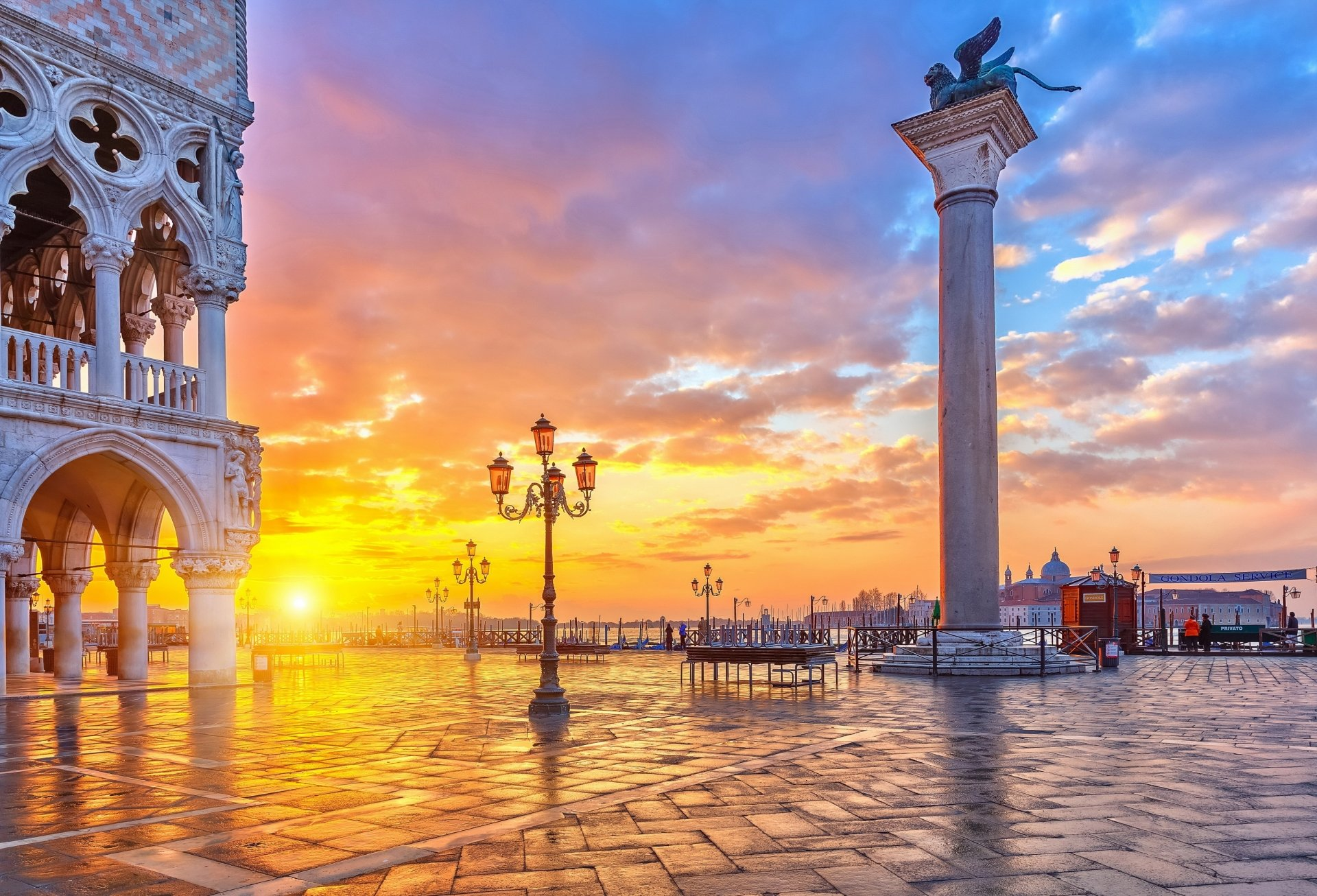 Man Made - Venice  Italy Wallpaper