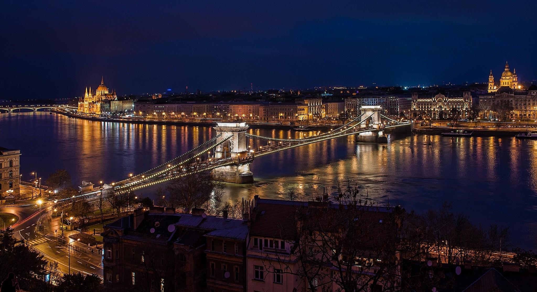 Chat Danube